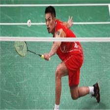羽毛球世锦赛第三个比赛日 男单:谌龙击败李卓耀 顺利晋级 (325播放)