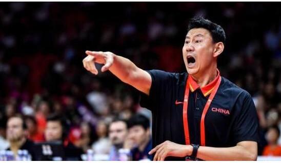 中国篮协:中国男篮主教练李楠请辞消息不实