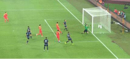 国足7球大胜关岛是正常发挥 未来2场将是试金石