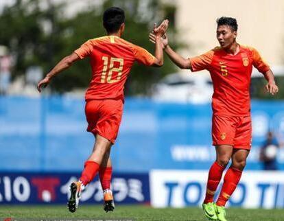 U22男足四国赛:中国国奥队2:0战胜印度尼西亚队