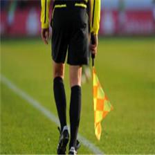 【足球吉尼斯记录】73岁的以色列门将Isaak Hayik 在当地足球比赛中登场亮相,成为世界上参加职.. (360播放)