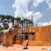 户外木质攀爬墙游乐设施 室内外攀岩墙 幼儿园儿童趣味拓展攀岩板