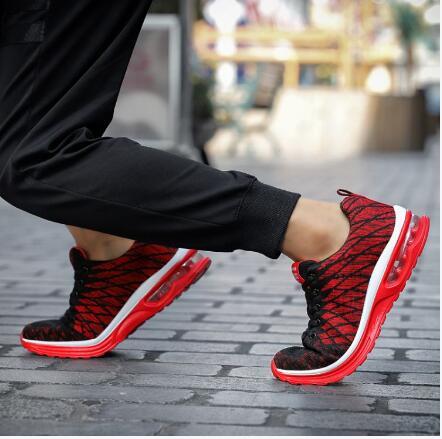 夏季新款男鞋飞织网面透气休闲鞋轻便气垫减震潮流运动鞋
