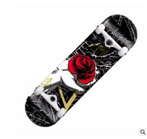 厂家批发滑板车 专业四轮滑板 竞技动作儿童成人双翘枫木滑板