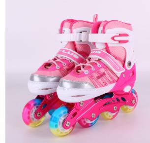 厂家批发直排旱冰鞋可调闪光单排轮滑鞋通用套装儿童溜冰鞋袋装