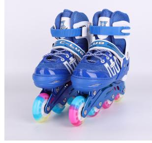 厂家批发八闪儿童溜冰鞋带护膝头盔溜冰鞋套装轮滑鞋溜冰鞋礼盒装